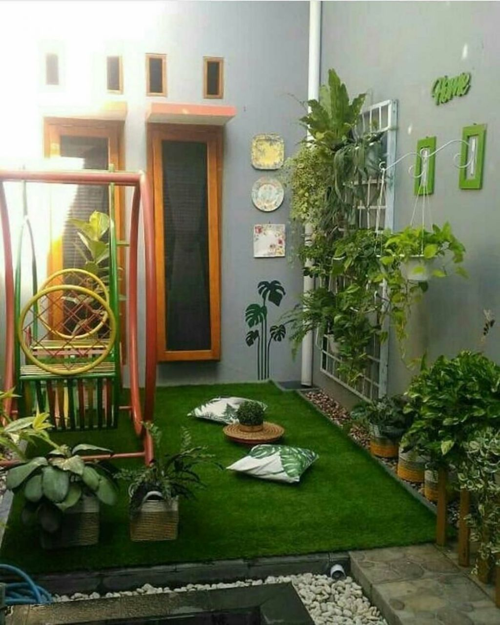 contoh desain taman belakang rumah minimalis