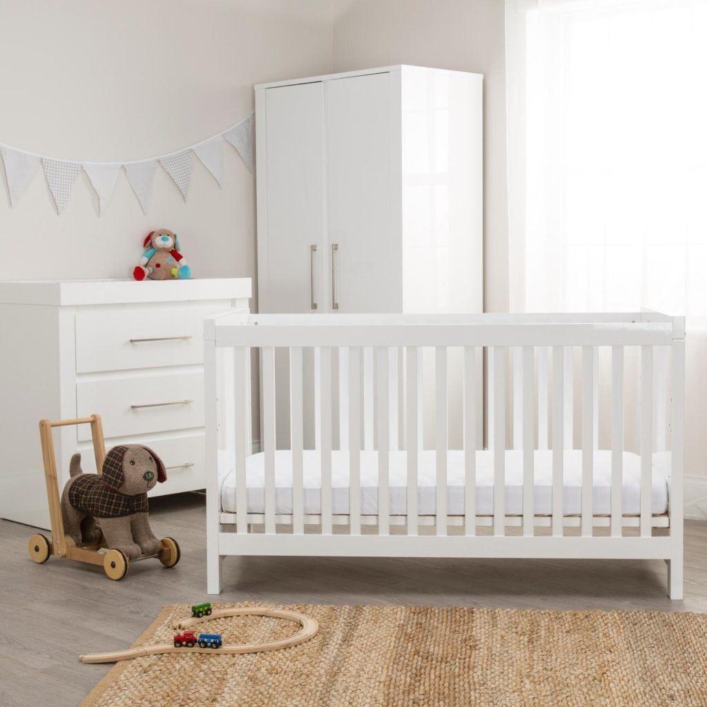 keranjang bayi putih minimalis